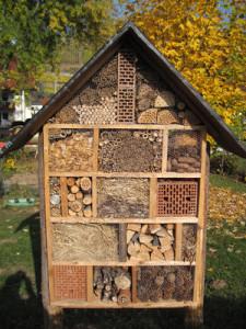 insektenhotel selber bauen mehr als umweltschutz. Black Bedroom Furniture Sets. Home Design Ideas