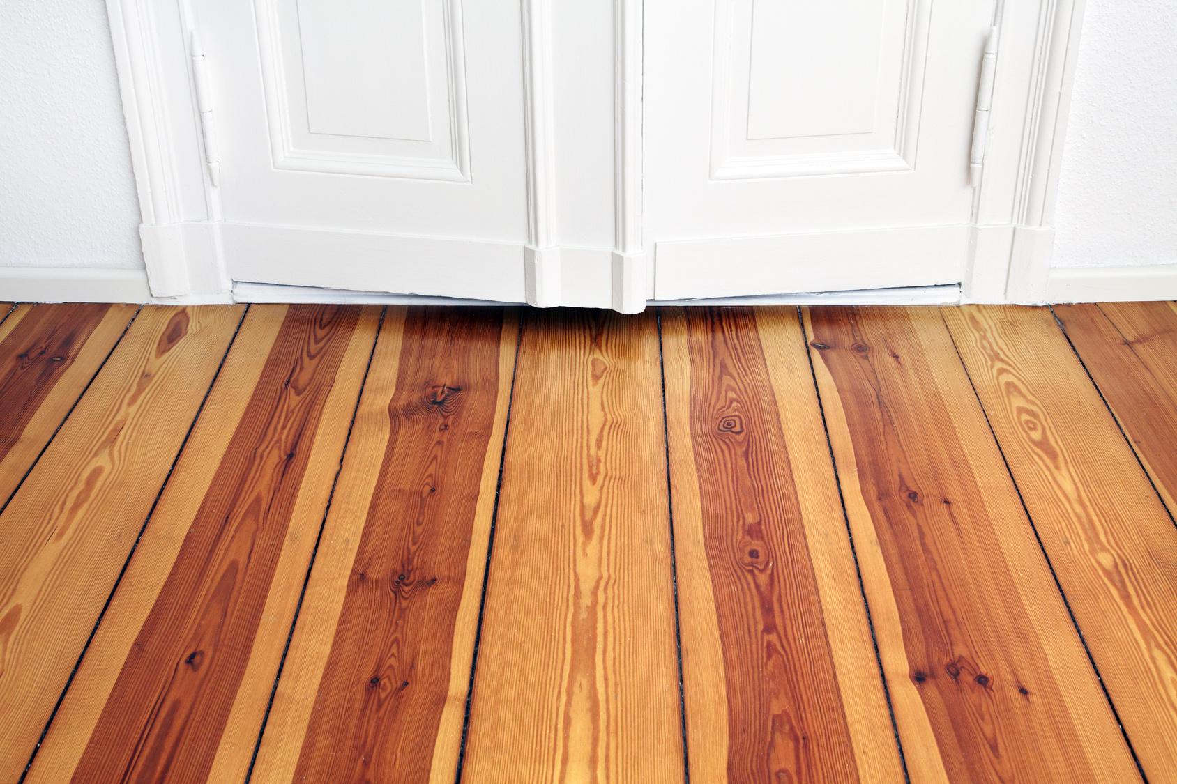 Dielenverlegen – Anleitung für Holzdielen